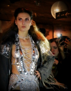 laurel dewitt 1 oak nyc new york fashion week nyfw metal fashion @sssourabh