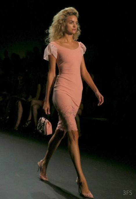 ... chiara boni la petite robe new york fashion week nyfw ss17 runway   sssourabh 217d9cfd41d