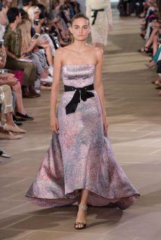 monique lhuillier womenswear runway new york fashion week nyfw ss17 @sssourabh