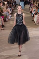 monique lhuillier womenswear runway new york fashion week nyfw ss17 @sssourabh
