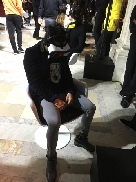 virtual reality m&ms visionaireworld VISKAWSVR kaws new york public library nyc nypl @sssourabh