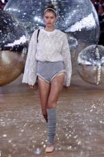 moncler gamme rouge ballet ballerina disco ss18 pfw paris fashion week womenswear runway travel @sssourabh