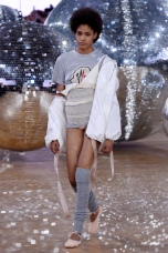 moncler gamme rouge ballet ballerina disco ss18 pfw paris fashion week womenswear runway travel @sssourabh