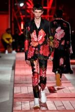 Alexander McQueen menswear mens pfw pfwm paris runway @sssourabh