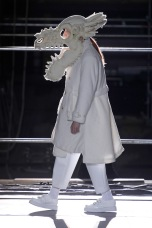 commedesgarcons dinosaur menswear mens pfw pfwm paris runway @sssourabh