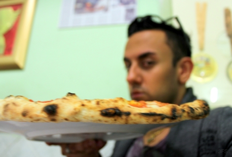pizzeria Di Matteo napoli naples pizza foodreview food travel italy @sssourabh