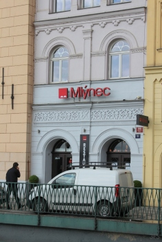 mlynec praha prague michelinstar travel foodcritic foodreview menswear menstyle