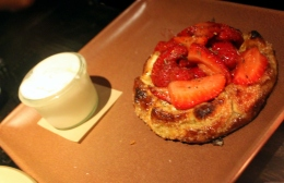 strawberry tarandroses tar and roses losangeles los angeles santamonica santa monica food review foodreview foodcritic food critic travel california dessert