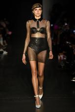 christiancowan fw20 nyfw newyork fashion fashionweek womenswear @sssourabh